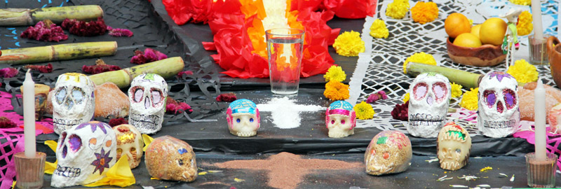 Mexican altar with offerings (ofrendas) for Day of the Dead